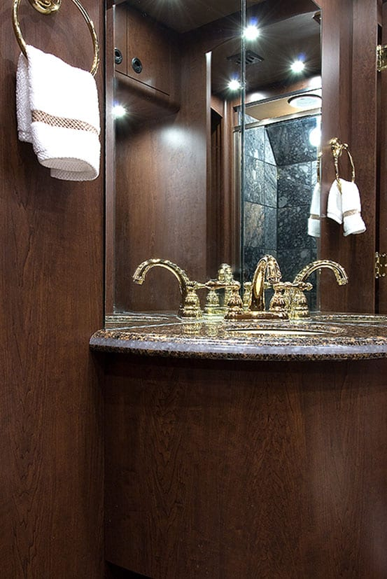 Widness entertainer coach bathroom